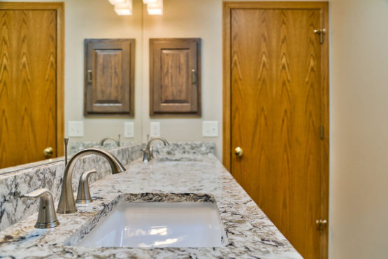 granite counters in master bathroom